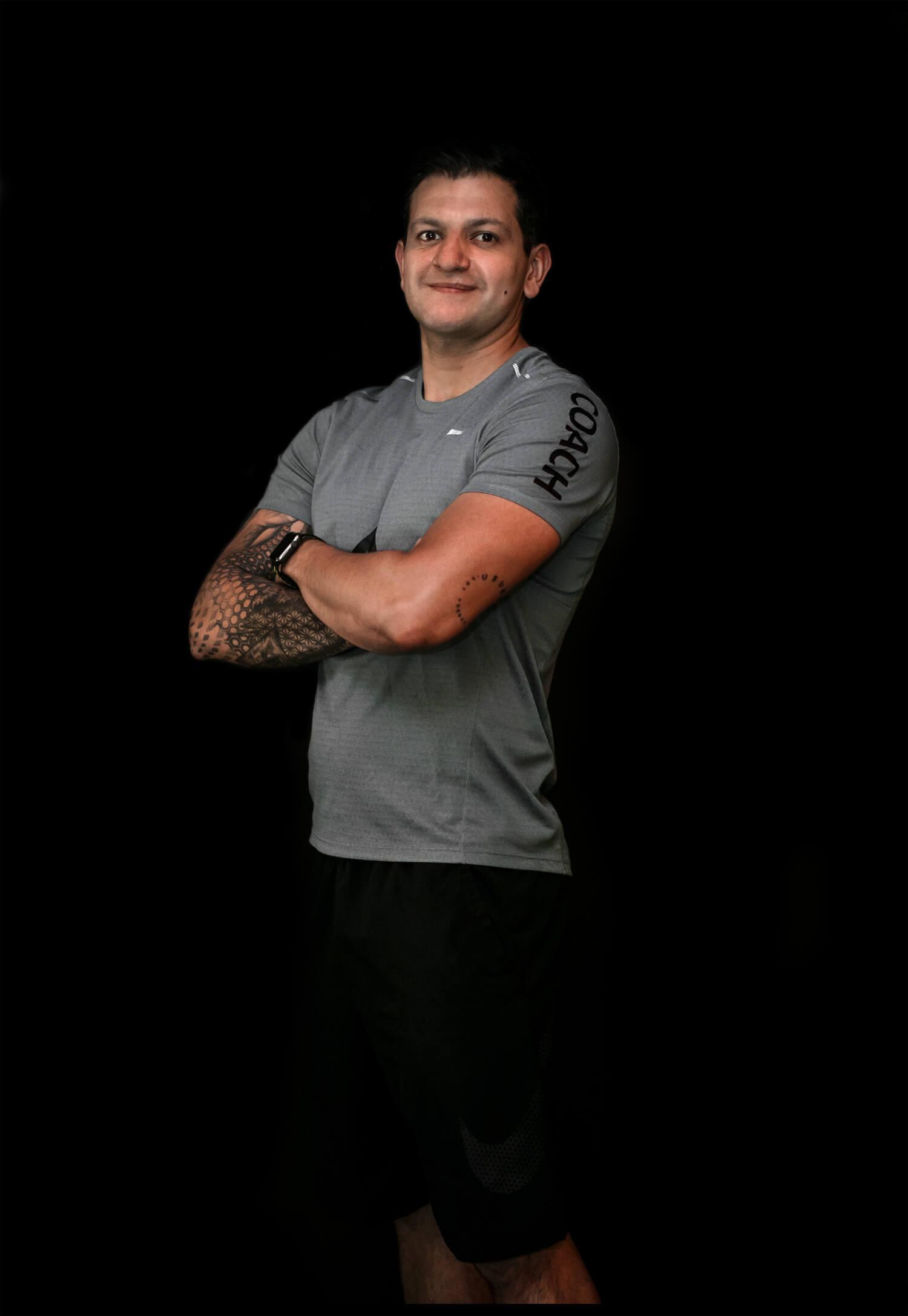 Alvaro Tiria Coach Brigada